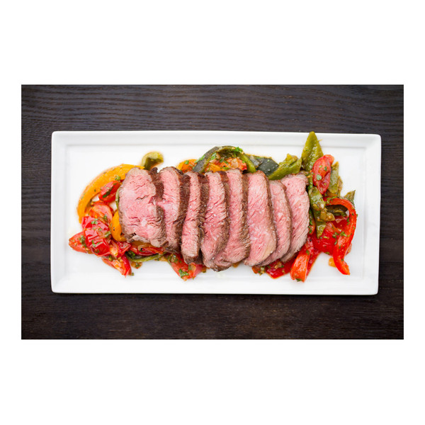 Sliced grass-fed beef coulotte with pepper & tomato sauce, recipe