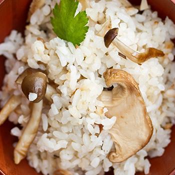 mushrooms on rice
