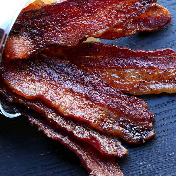 Maple-glazed cooked bacon strips recipe